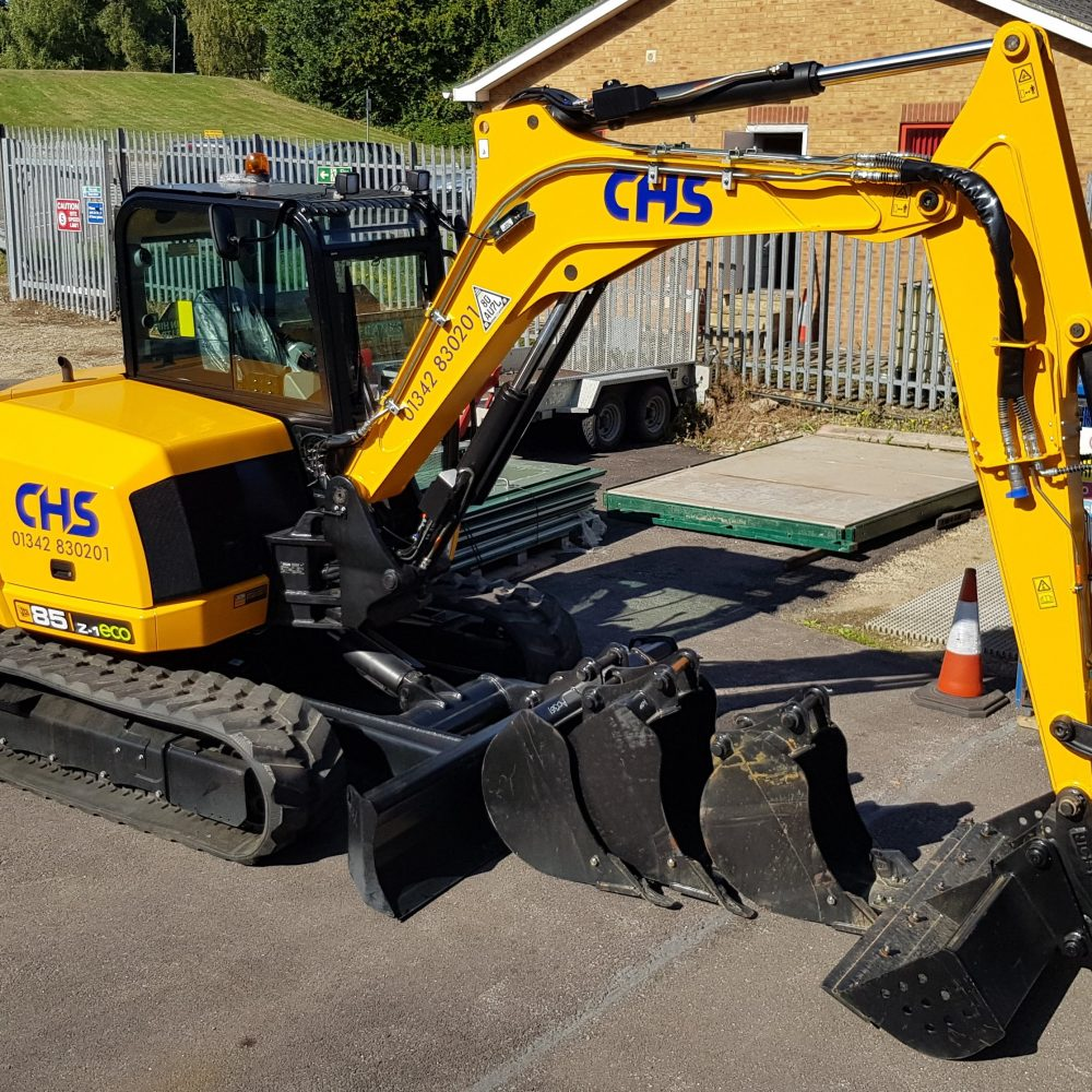 JCB 85Z 8T Excavator with attachments